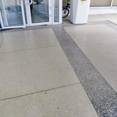 Бетонно-мозаичный пол